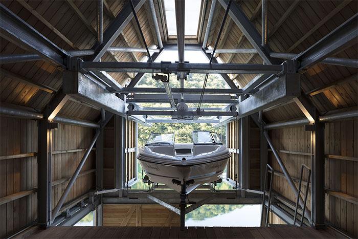 wimshurst pelleriti berberis boathouse