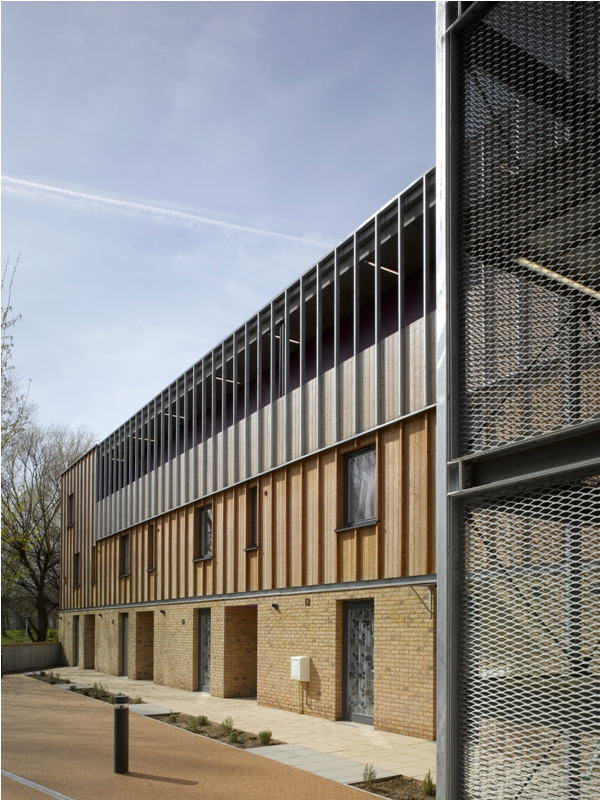 Heron Court, London - Bell Phillips Architects