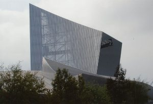 Imperial War Museum, Manchester - Studio Libeskind
